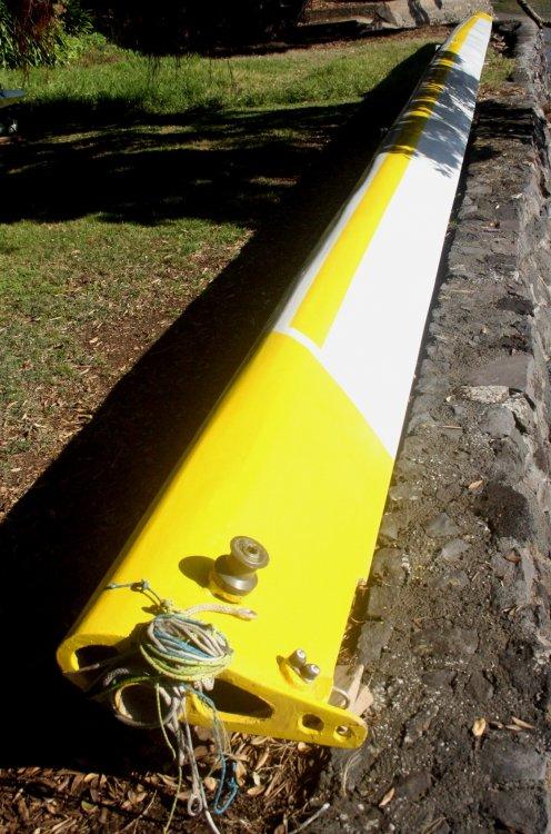 yellowmast.jpg