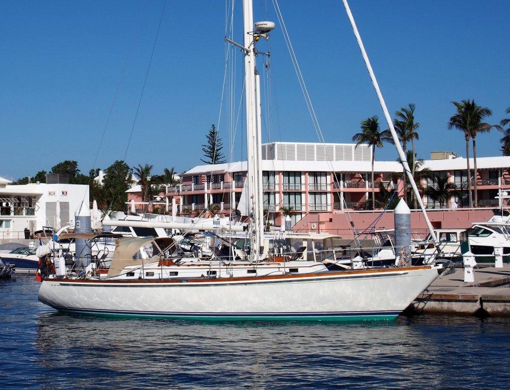 441333702_little-harbor-44-1985-for-sale-marsh-harbour-bahamas-0011.thumb.jpg.ccb1a256cfe38eec6425cf03be81899b.jpg