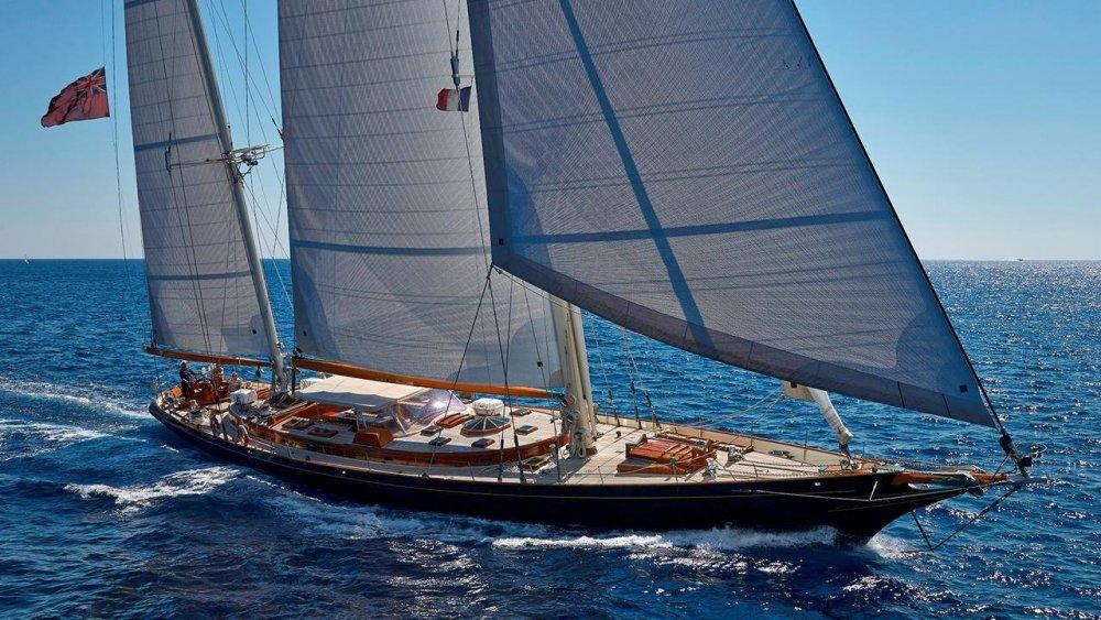 GkOmwUw5TFqcLxsee2As_Signe-yacht-for-sale-1280x720.thumb.jpg.b21e767a14a275bd7d925f4e44114669.jpg