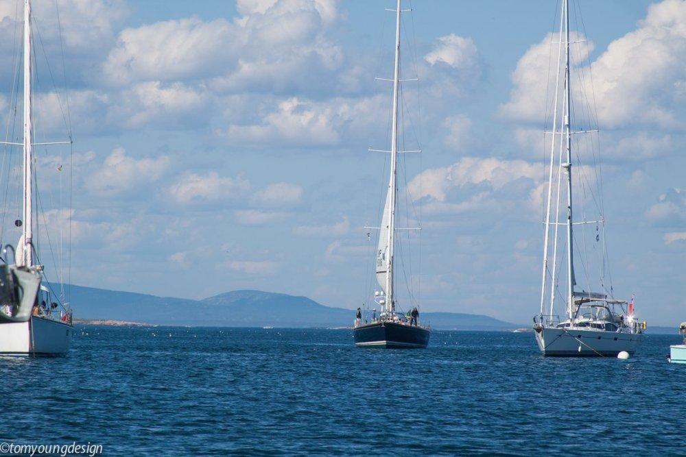 1398433603_FrenchborobigboatAcadiabackground.thumb.jpg.60a52514efc9efcc304b1e7295797b85.jpg