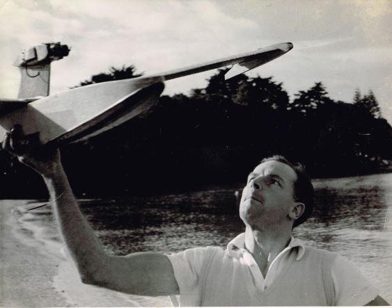Dad, Torbay 1955.jpg
