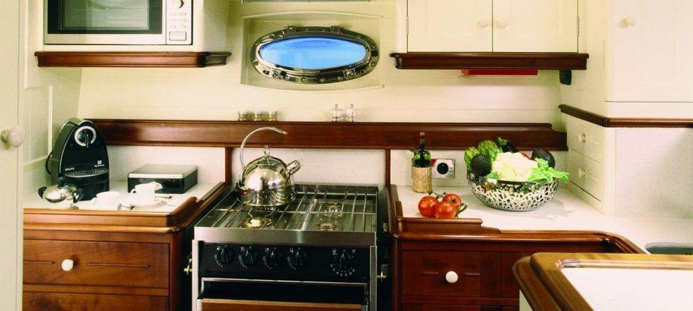 Atao-JFA-yachts-Rhoades-Young-design-06.thumb.jpg.2f534eebedee416570acf061750fdc60.jpg