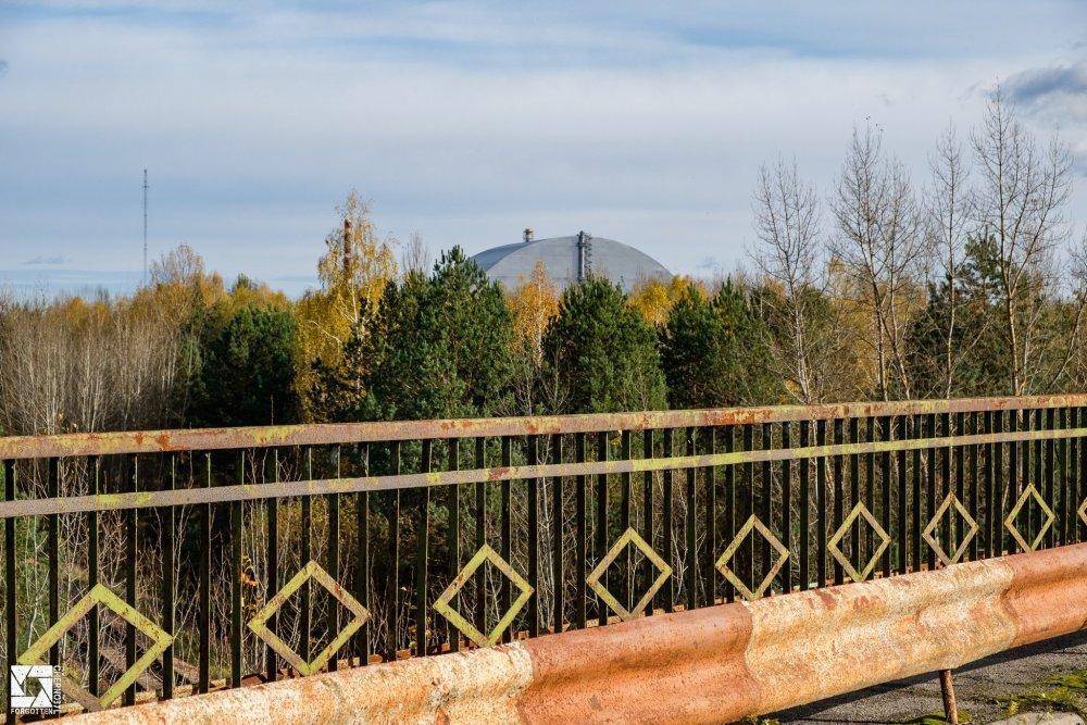 Chernobyl_Bridge_of_Death_Pripyat_02.jpg