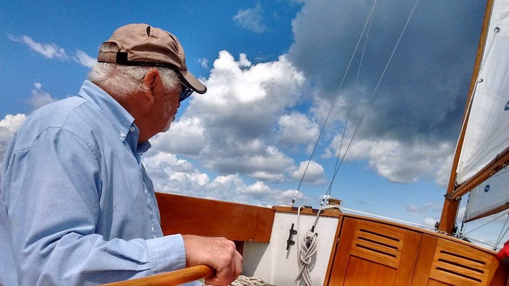 sailing.thumb.jpg.35e25df179301e0640160f01c4d40b7d.jpg