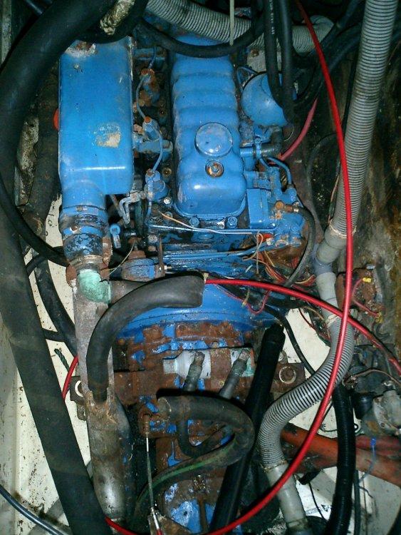 14 Engine before.jpg