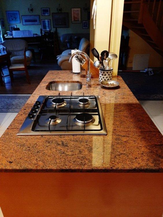 Kitchen.a.jpg
