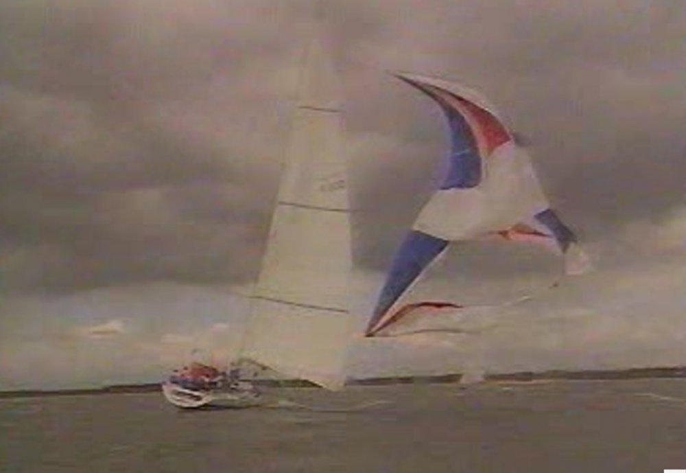 Rothmans Blow 40 grand kite.jpg