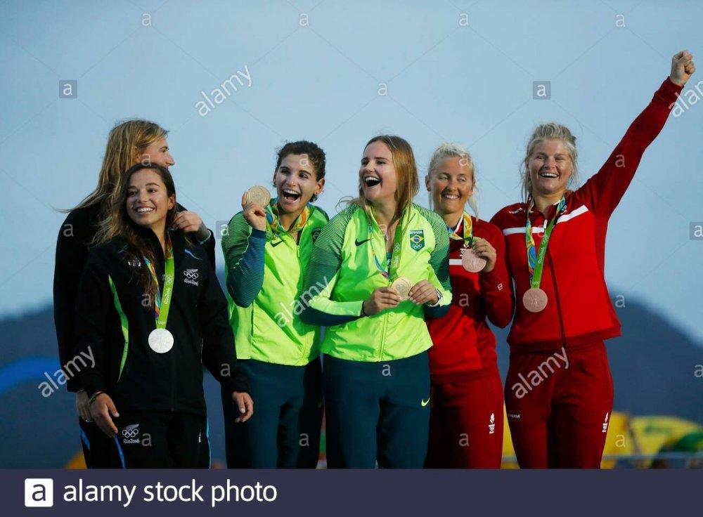 sailing-49er-fx-podium-rio-2016-olympic-games-martine-grael-kahena-kunze-bra-alex-maloney-molly-meech-nzl-jena-hansen-katja-salskov-iversen-den-2E1XRNP.jpg