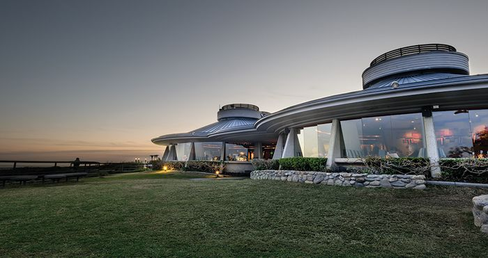 BANNER-Chart-House-photo-by-Benjamin-Ginsberg.jpg.551a0561e04078662c395531f8195128.jpg
