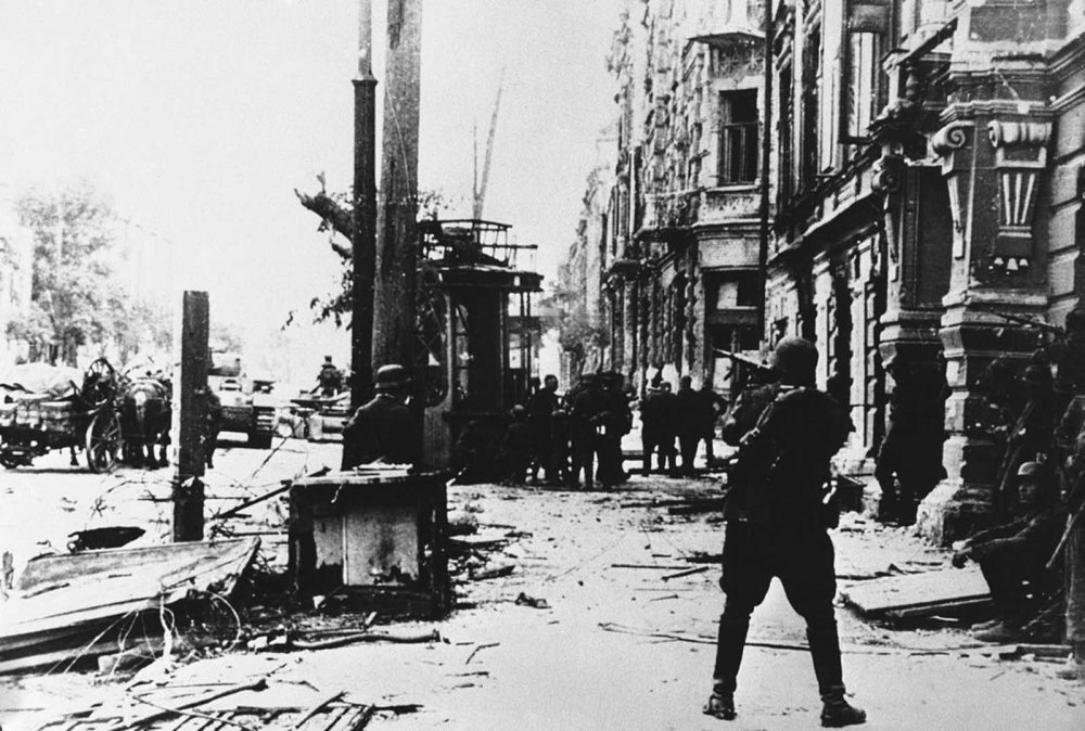 The_bloody_Easter_Front_of_WW2 (6).jpg