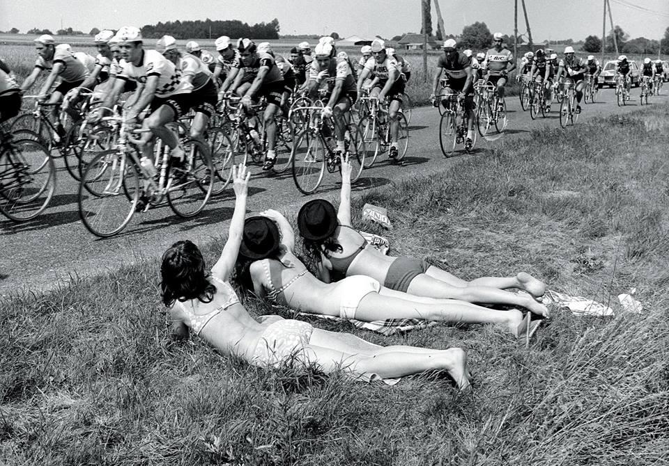 ORIGINAL ladies watching road bicycle race.jpg