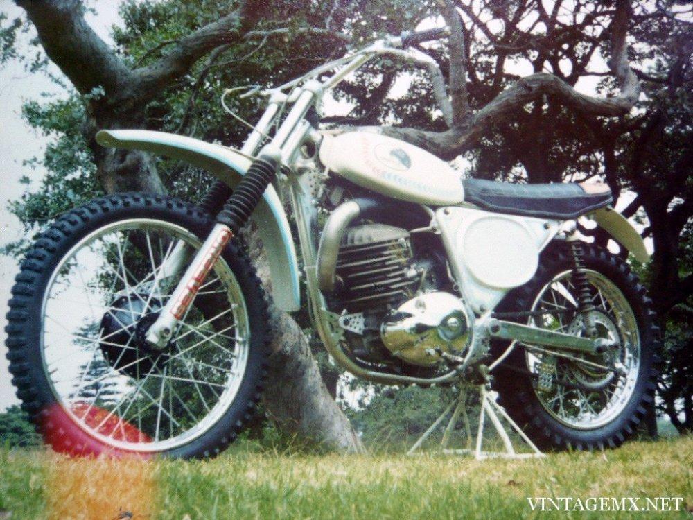 1973-Greeves-380-QUB-Griffon.jpg
