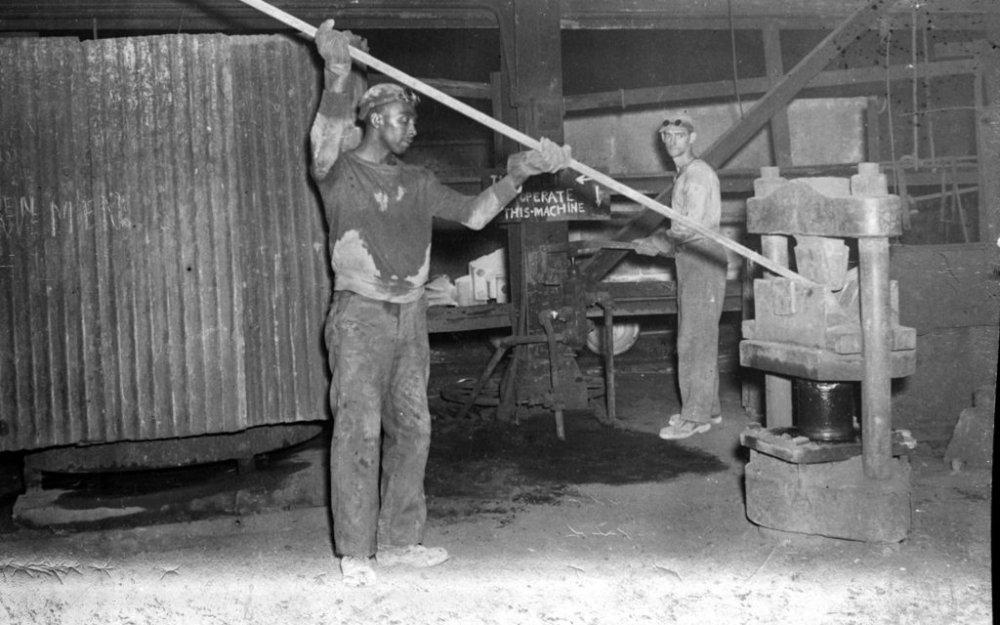 Worker-Bending-a-Hook-1024x640.jpg