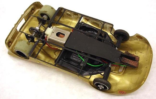 pdl-1967-car-gold350-4-1.jpg