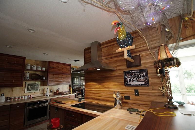 Kitchen_101.jpg.7669b16aa3e6879d001187c7400d8458.jpg